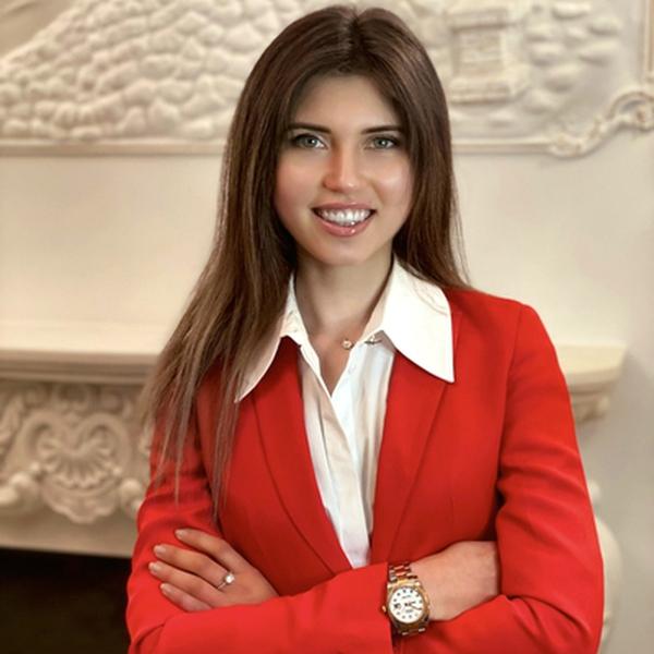 Alina Khay
