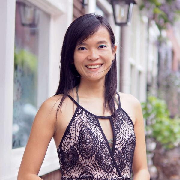 Elina Zhang