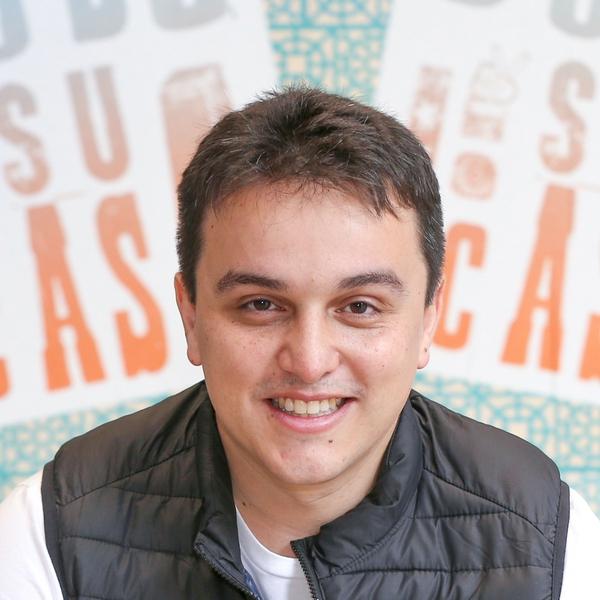 Victor Barros